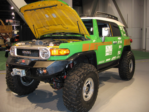 Here Is A Picture Of The Ultimate Adventure Fj Cruiser That Peterson S 4wheel Off Road Magazine Built For Annual Ulitmate Trip